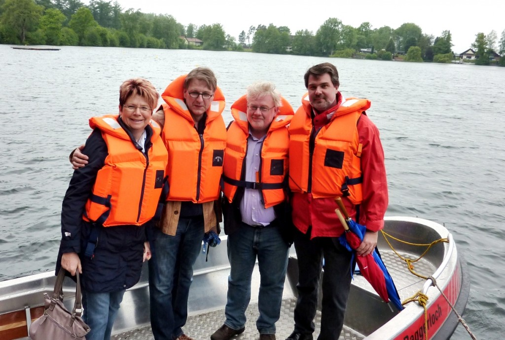 Die SPD Selm und der Bundestagskandidat Michael Thews freuen sich auf die Fahrt mit der DLRG Ortsgruppe Selm auf dem Ternscher See
