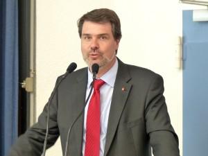 Michael Thews eröffnet die 150 Jahr Feier der SPD Lünen