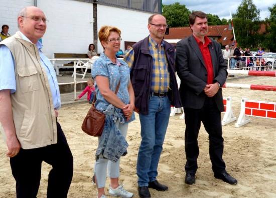 Hans-Jörg Hebebrand, Renate Schmeltzer-Urban, Rainer Schmetzer, Michael Thews