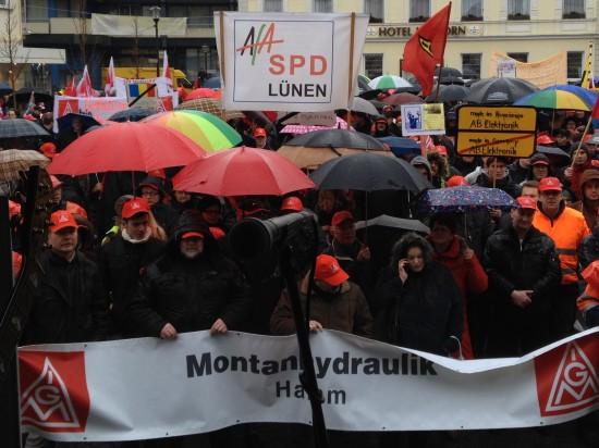 Unter den Demonstranten auch die AfA der SPD Lünen