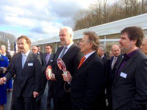 von links: R. Damberg, Geschäftsführer LaSiSe, Minister G. Duin, U. Dolezych, Präsident IHK Dortmund, Michael Thews