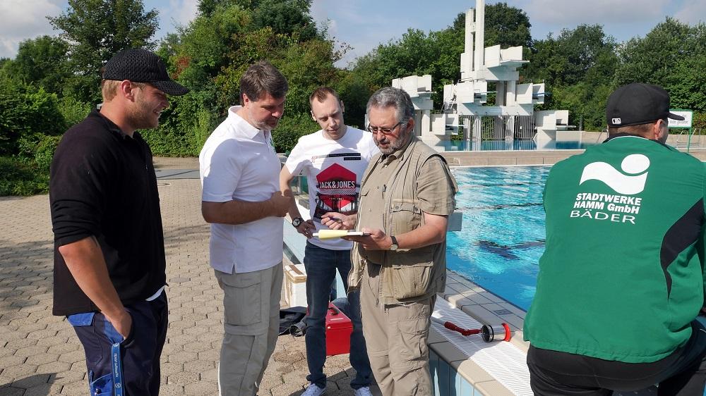 Thews on Tour Schwimmbad Pelkum 01